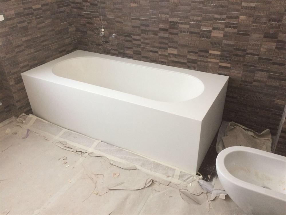 Vasca Da Bagno Misure : Vasca da bagno su misura in corian deth opera nel settore